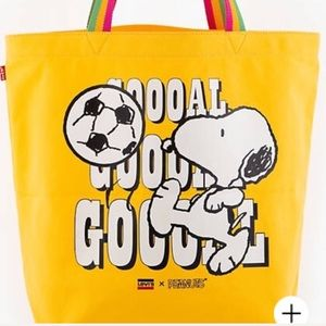 NEW large Levi's Snoopy canvas tote rainbow handle